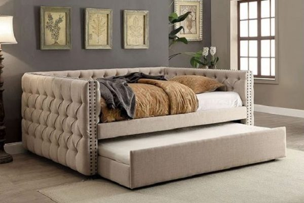 """The Colleen"" Tufted Daybed w/Trundle – Twin and Full"